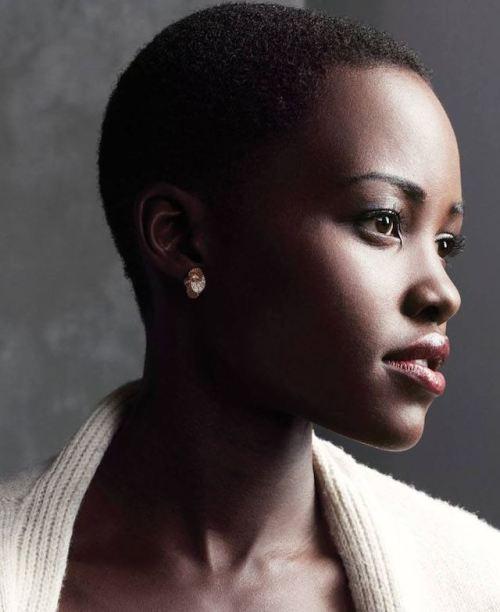 chroniques-Femmes noires-soyez-fieres-de-ces-cheveux-crepus-jewanda-2