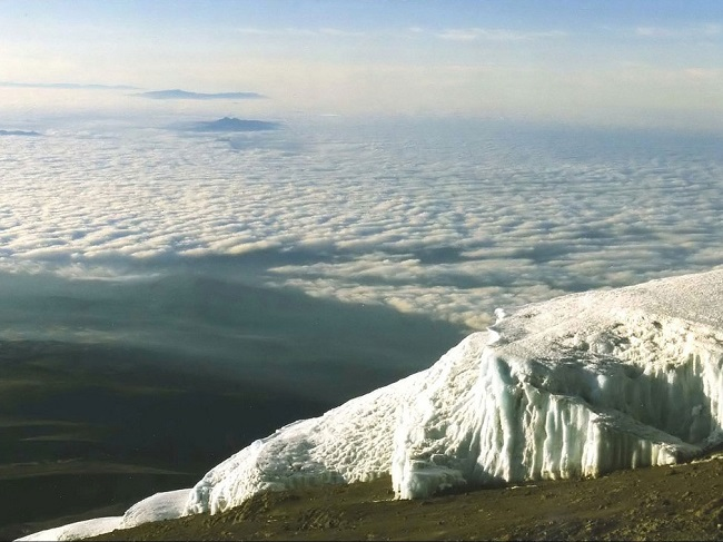 destination-kilimandjaro-avec-marc-olivier-enow-jewanda-2.jpeg