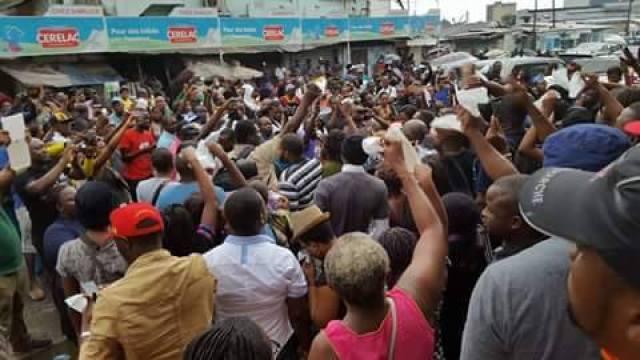 manifestation-laquintinie-monique-jewanda