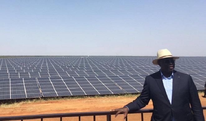 macky-sall-inaugure-centrale-solaire-jewanda