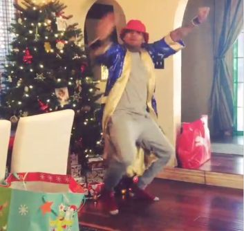 Chris-Brown-noel-2014-challenge-jewanda