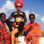 People : Bonang Matheba sur les plages de Zanzibar