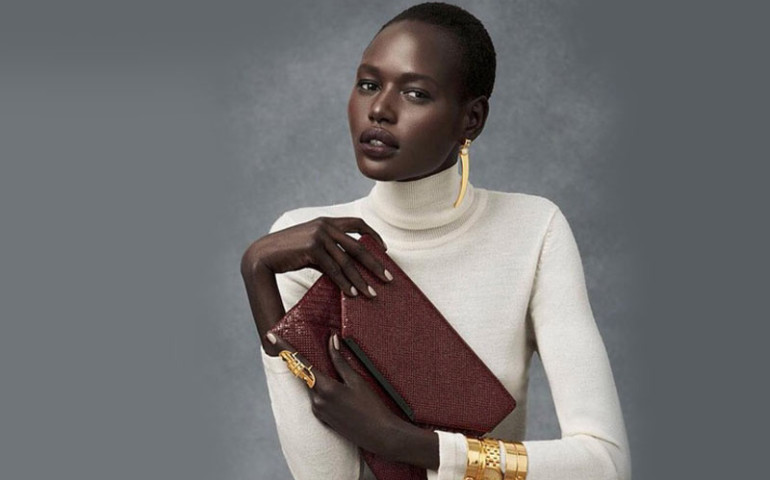 7-manequins-africains-defile-grand-podium-au-monde-Ajak-Deng -jewanda