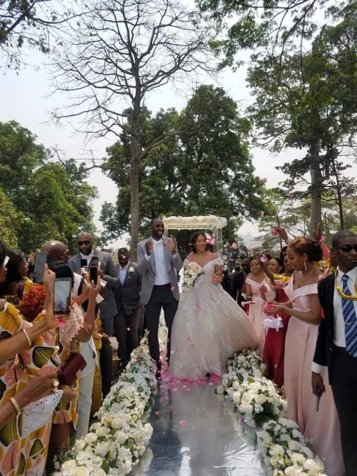 Le basketteur camerounais Luc Mbah A Mouté dit « oui » à sa dulcinée