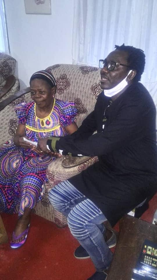 TRÈS MALADE, MARTHE ZAMBO REÇOIT LA VISITE DE NDEDI EYANGO