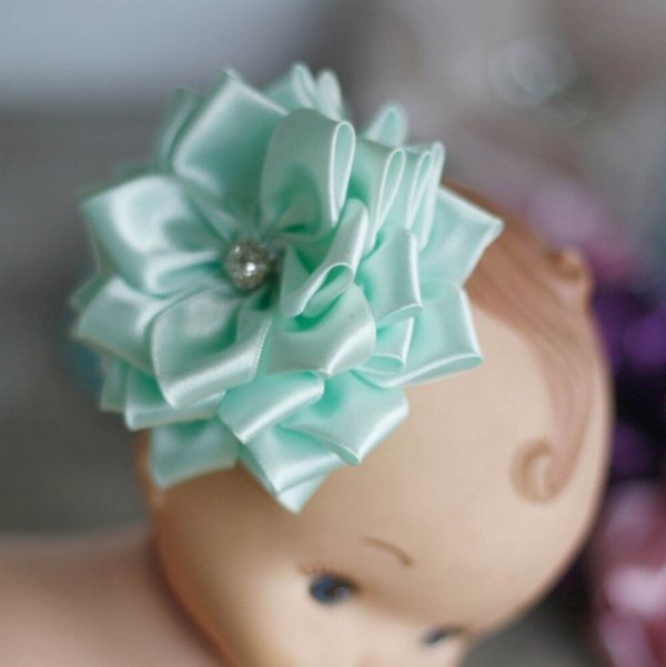 Hair Flower Clips | Sweet Blossom Fabric Flower Tutorial