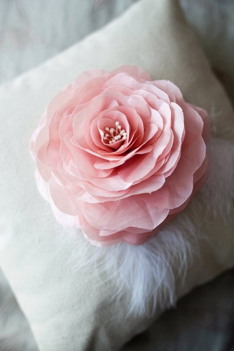 Hand Pressed Rose Tutorial helps you make wedding ring pillows.