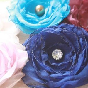 how to make no sew and sewn flowers | Fluffy Cabbage Rose Tutorial