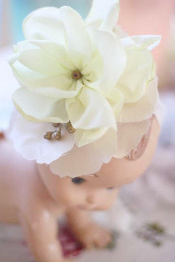 How to make a fabric flower for flower girl hair clip fascinators   DIY Wedding Flower Tutorial