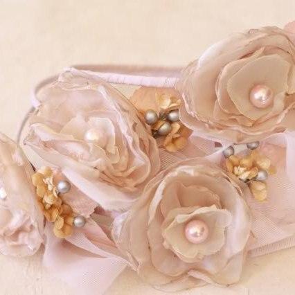 Fabric Flower Tutorial | Fluffy Cabbage Rose on headband fascinators