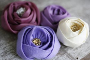 Sinta Rose Fabric and Felt Flower Tutorial