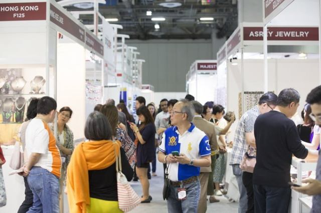 the Singapore Jewellery & Gem Fair 2015 continued to provide a platform for young jewellery designers to showcase their talent and creativity.