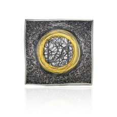 orro Gill-Galloway-Whitehead-Gold-Circle-Brooch