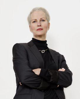 Inger Moss models Annika Rutlin's sterling silver United Collection