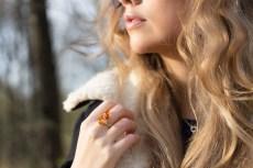 Amber Ring Design