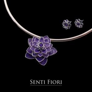 08-senti fiori lotus silver wire choker-purple_ls