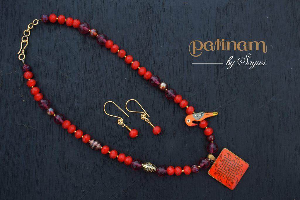 kuruvi kolam necklace