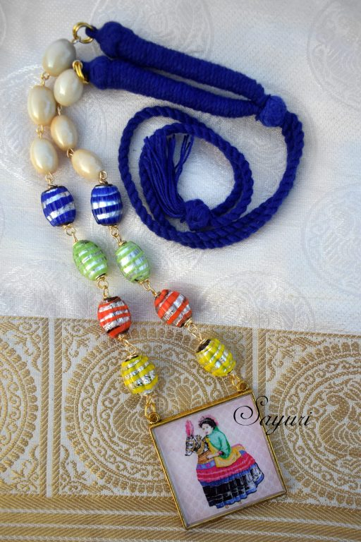 poikaal offwhite multicolour necklace