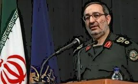 Fuerzas Armadas iraníes Brig Jefe Adjunto.  El general Masoud Jazayeri advierte los EE.UU. de que Irán va a defender a Corea del Norte
