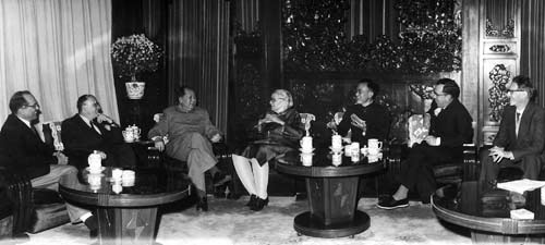 Mao in a high-level meeting with several Jews [Frank Coe, Israel Epstein, Elsie Fairfax-Cholmely, and Solomon Adler]