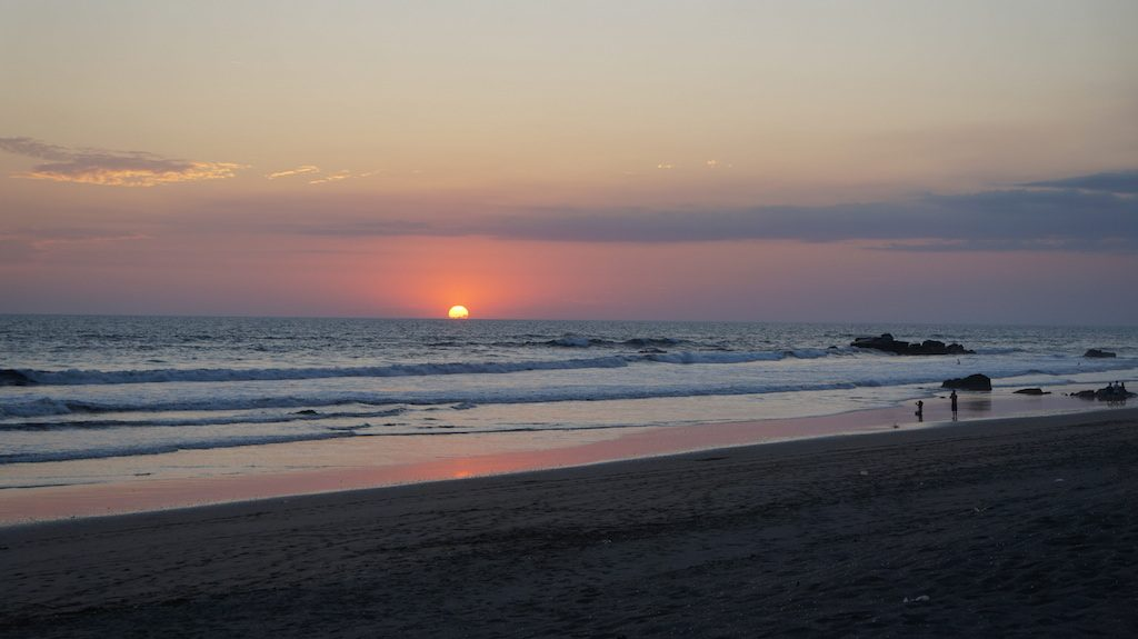 On the beach of Las Peñitas you are sitting in the first row for a beautiful sunset