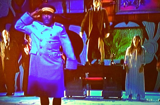 Ouelgo Téné spielt den Hauptmann von Köpenick