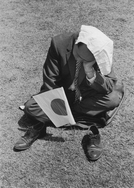 Foto ©Yasuhiro Ishimoto Tokyo.1962