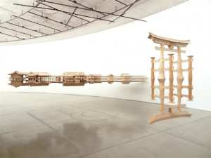 《Reflection Model (Itsukushima)》2013-14 Collection of National Gallery of Victoria Installation view at Aomori Contemporary Art Centre, Aomori Public University ©Takahiro Iwasaki, Courtesy of URANO
