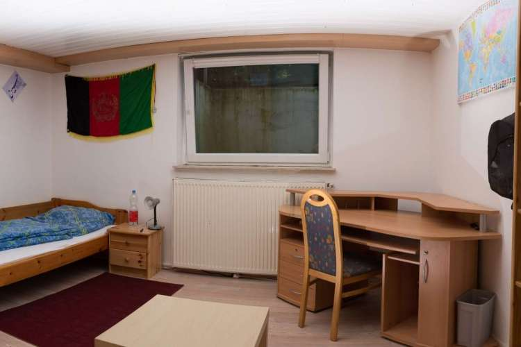 Zimmer Bungalow (2)