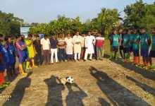 Photo of মুজিব বর্ষ উপলক্ষে সাধুহাটিতে স্পোর্টিং ক্লাবের ফুটবল খেলা অনুষ্ঠিত