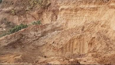 Photo of ঝিনাইদহে মাটি চাঁপাপড়ে গৃহবধুর মৃত্যু