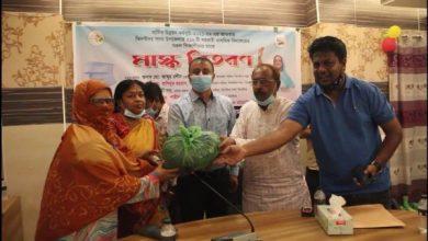 Photo of ঝিনাইদহ শিক্ষার্থীদের মাঝে ৩৬ হাজার মাস্ক বিতরণ শুরু