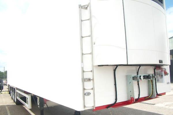 Escada-de-acesso-ao-aparelho