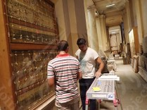 エジプト考古学博物館における壁画の応急処置