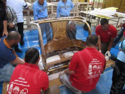 Packing the front part of Tutankhamen's Chariot at Egyptian Museum