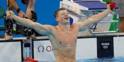 Adam Peaty wins Breaststroke gold