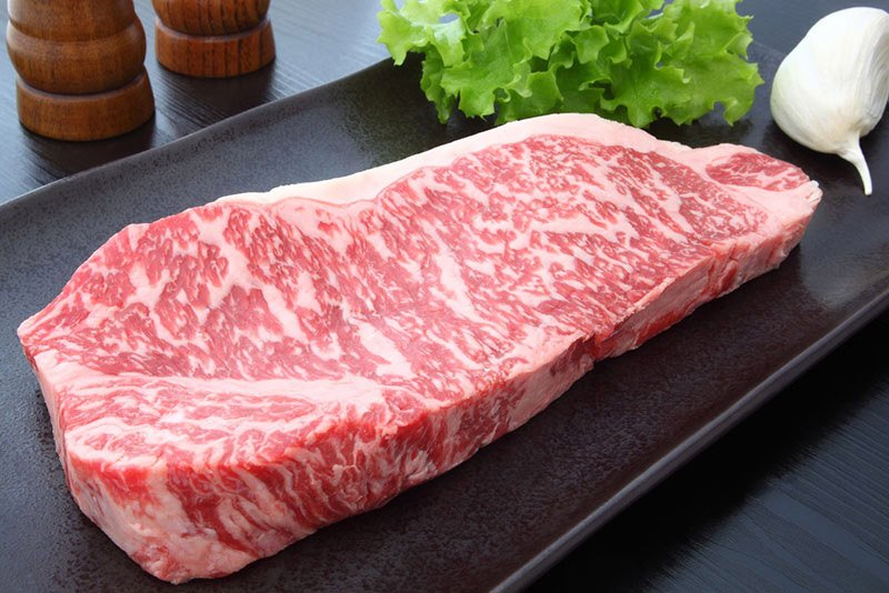 How much is a kilo of beef in Nigeria - aged whole meat