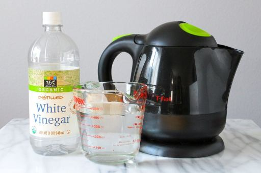 How to clean a tea kettle with Vinegar