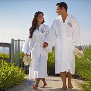 matching useful wedding bathrobes for new couple as wedding gift