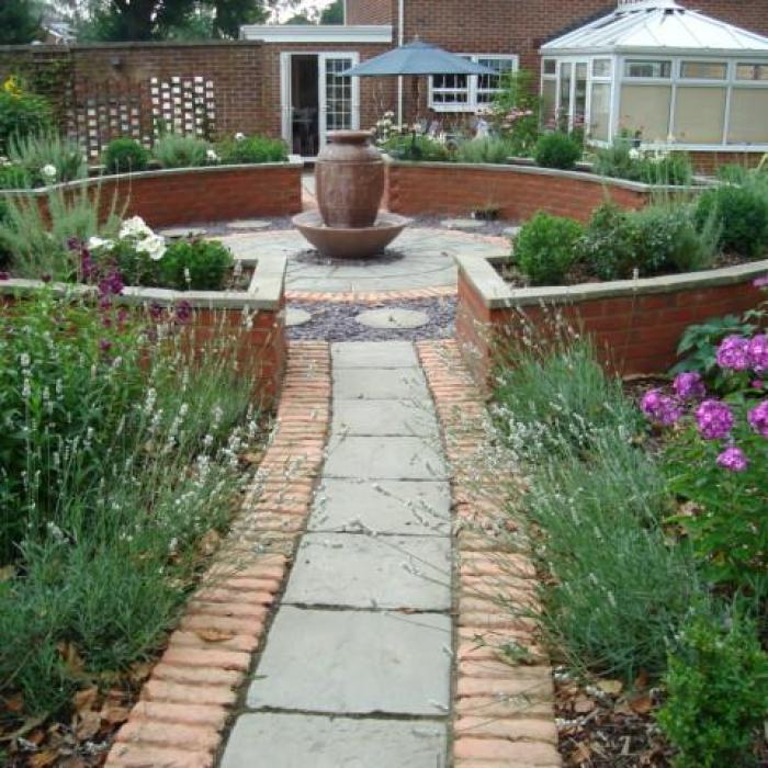 Traditional Garden Design Broome Manor, Swindon, Wiltshire