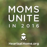This Spring I'll be hanging out with over 6,000 moms from 40 states at the National Hearts at Home conference in Peoria, Illinois! It is the premier event for moms and I'd love for you to join the fun!