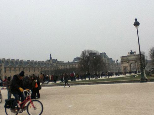 Near-the-Louvre