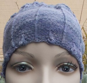 Lisse Hat Bobblet Rib Trim