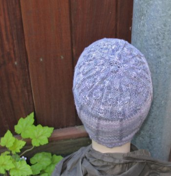 Lisse Hat Pattern Lavendar-Back-View