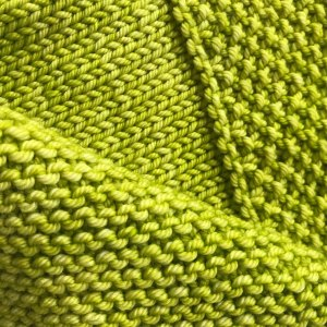 Ply: Four ply worsted from Anzula