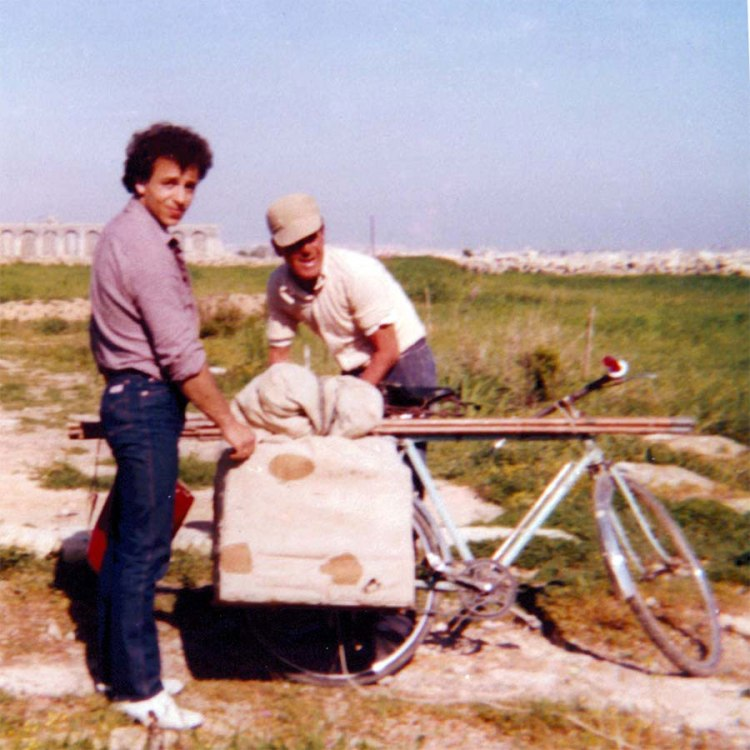 My father together with his father-in-law on the trapping site. Photographed by my mother, il-Qrendi, Malta (ca 1977)