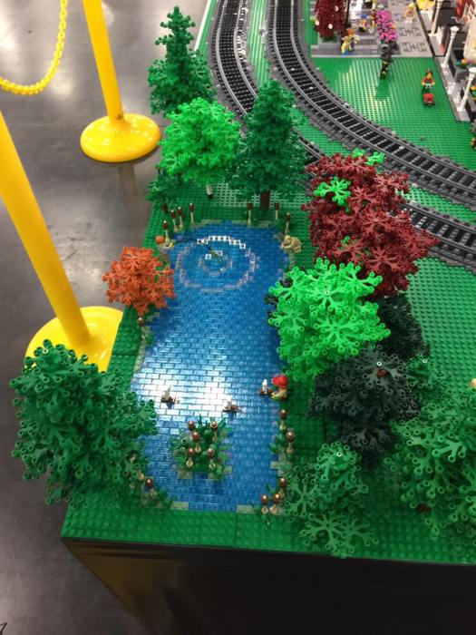 Lego trees and splash