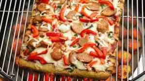 Holy Smoke! Grilled Sausage and Pepper Pizza