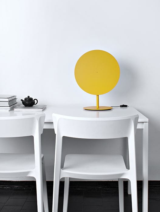 vasiliy-butenko-OOO-desk-lamp-4