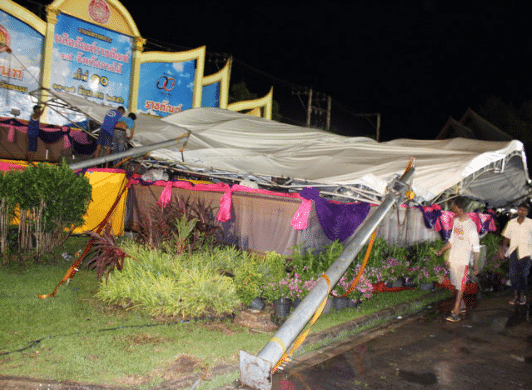 phuket-stage-collapse-4